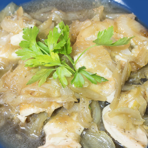 Chicken fillet with caramelized onions