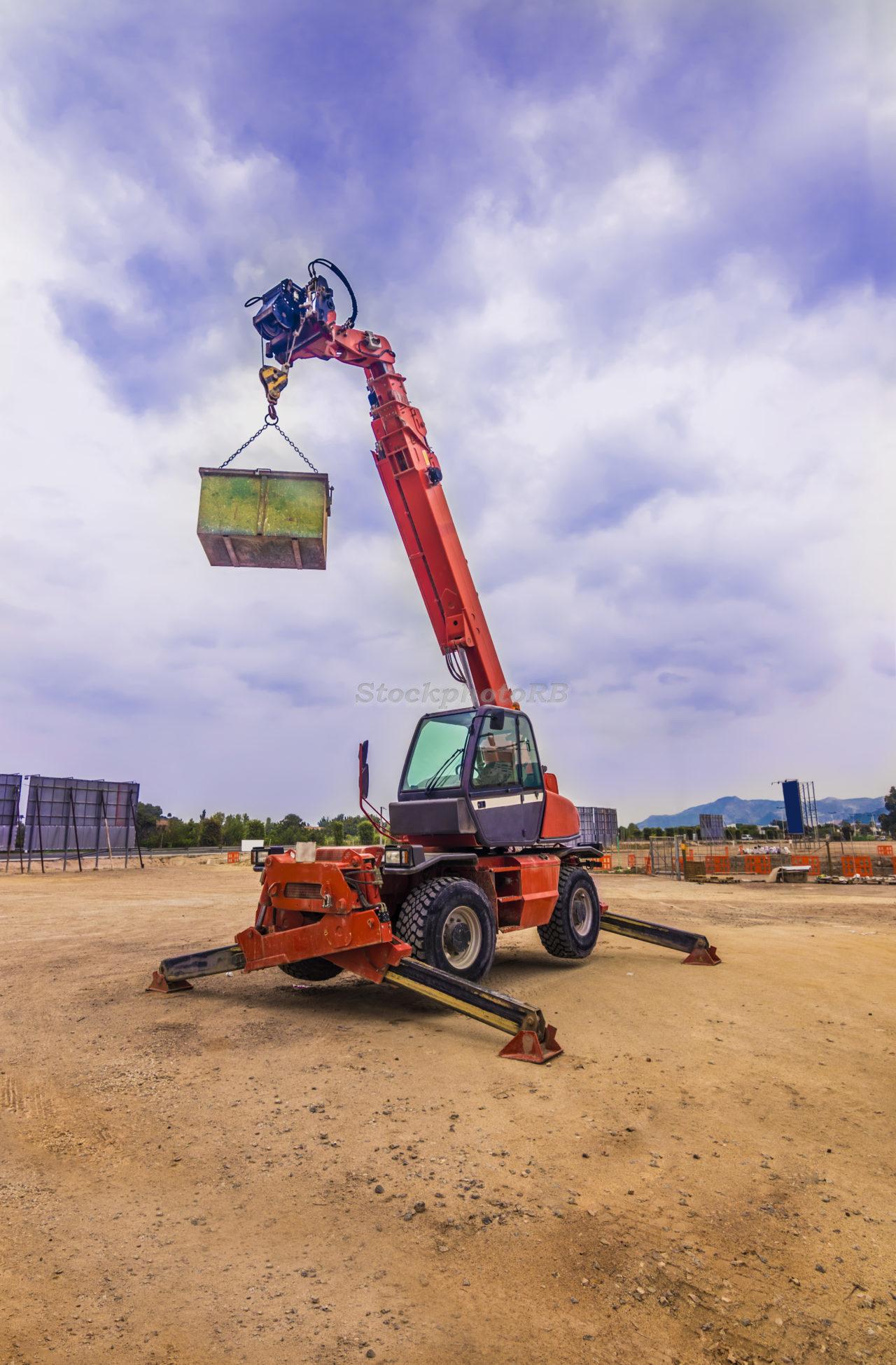 Mobile construction crane